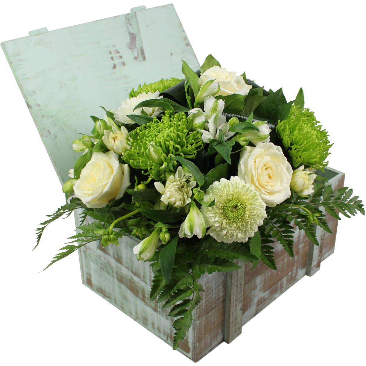 la fontaine fleurie offrez le bouquet de fleurs vari es christina. Black Bedroom Furniture Sets. Home Design Ideas
