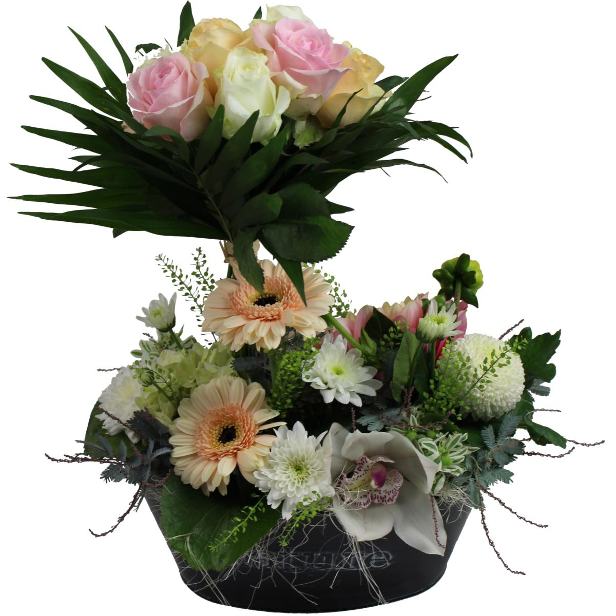 composition de fleurs bouquet de roses automnale. Black Bedroom Furniture Sets. Home Design Ideas