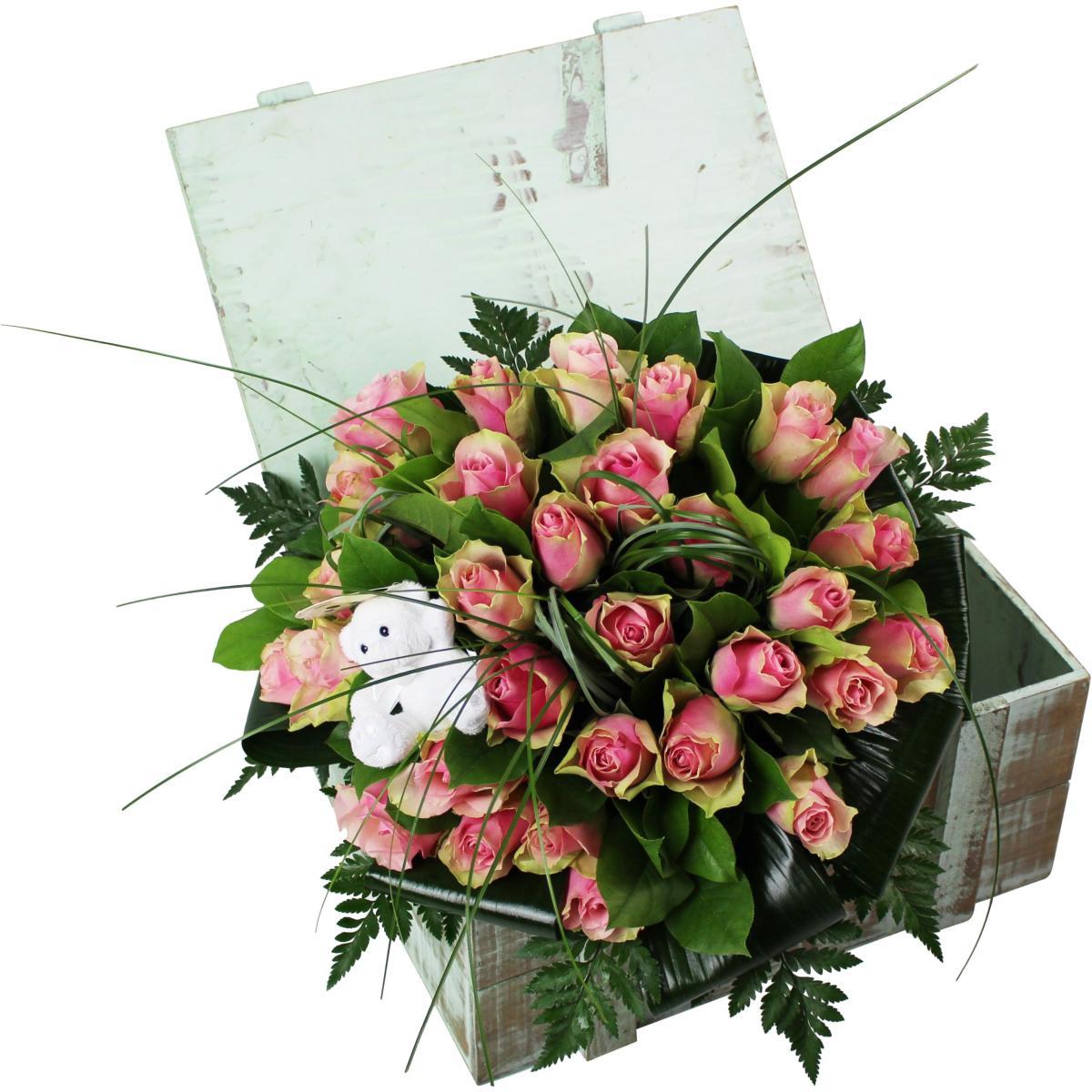 La fontaine fleurie bouquet de roses pour naissance for Fleurs pour une naissance